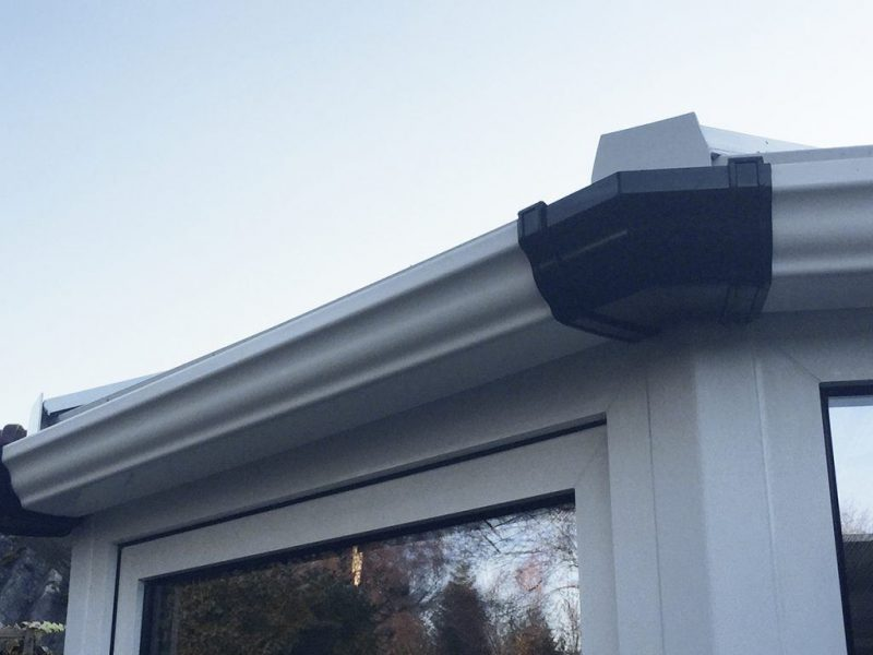 Conservatory guttering