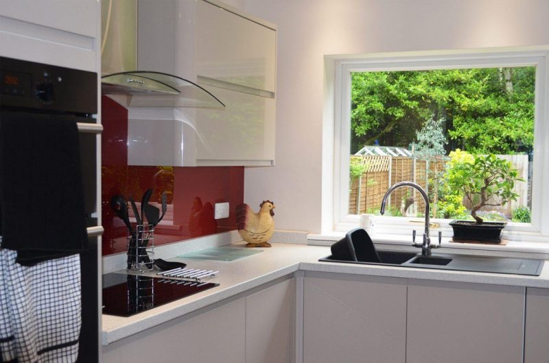 kitchen splashbacks woking surrey