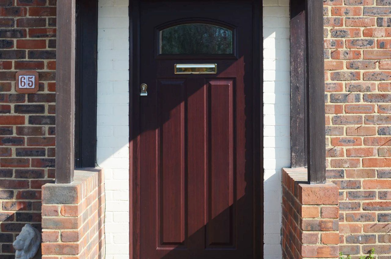 Solidor entrance rosewood