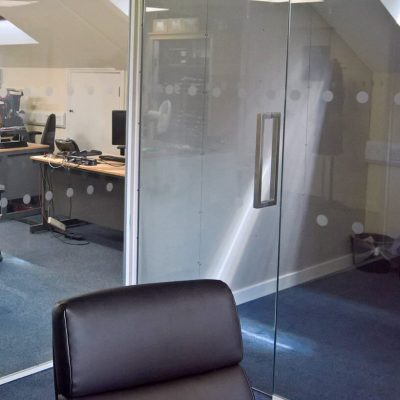 Office glass wall partitions