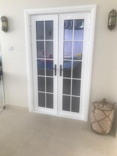 aluminium small door